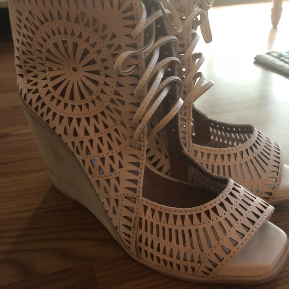 Jeffrey Campbell Shoes - Jeffrey campbell size 9 wedges